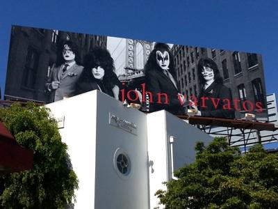 kiss-billboard-original-400
